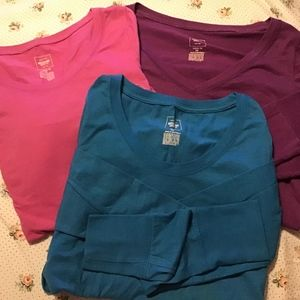 3 long sleeve tees sz Med women's casual mossimo